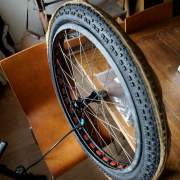 tire installation on ghetto tubeless on knard 29